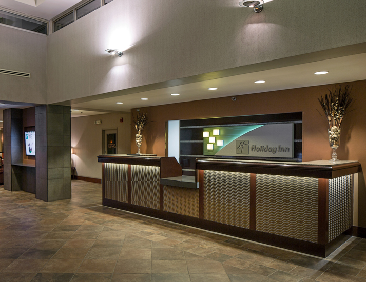 des moines holiday inn mercy campus interior by the designers omaha